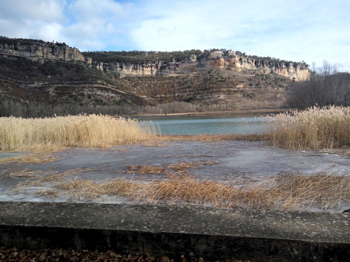 La Laguna de Uña en parte Helada, maravillas de la serranía de Cuenca
